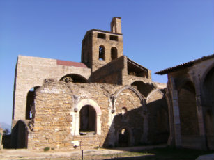 Ager_-_Colegiata_de_Sant_PereB_(Vista_del_Conjunto_1)